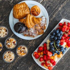 breakfast caterers london