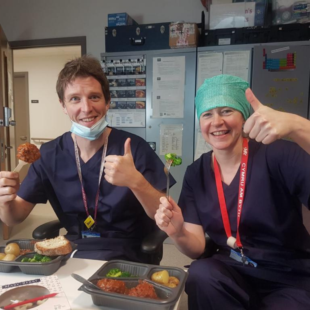 humdingers catering - feed the NHS
